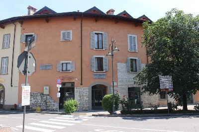 Ufficio Casa Immobiliare : Immobiliare poloni dove incontri la tua casa